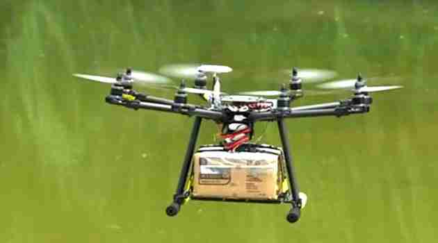 drone hace delivery