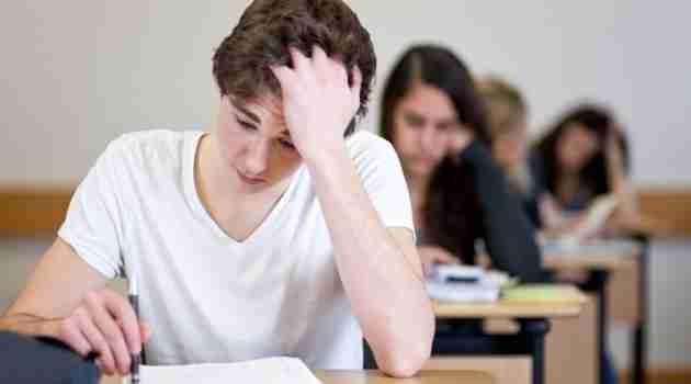 universitario-estresado