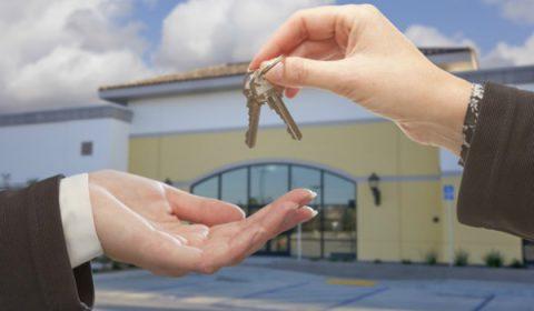 ¿Alquilar o comprar un local propio?